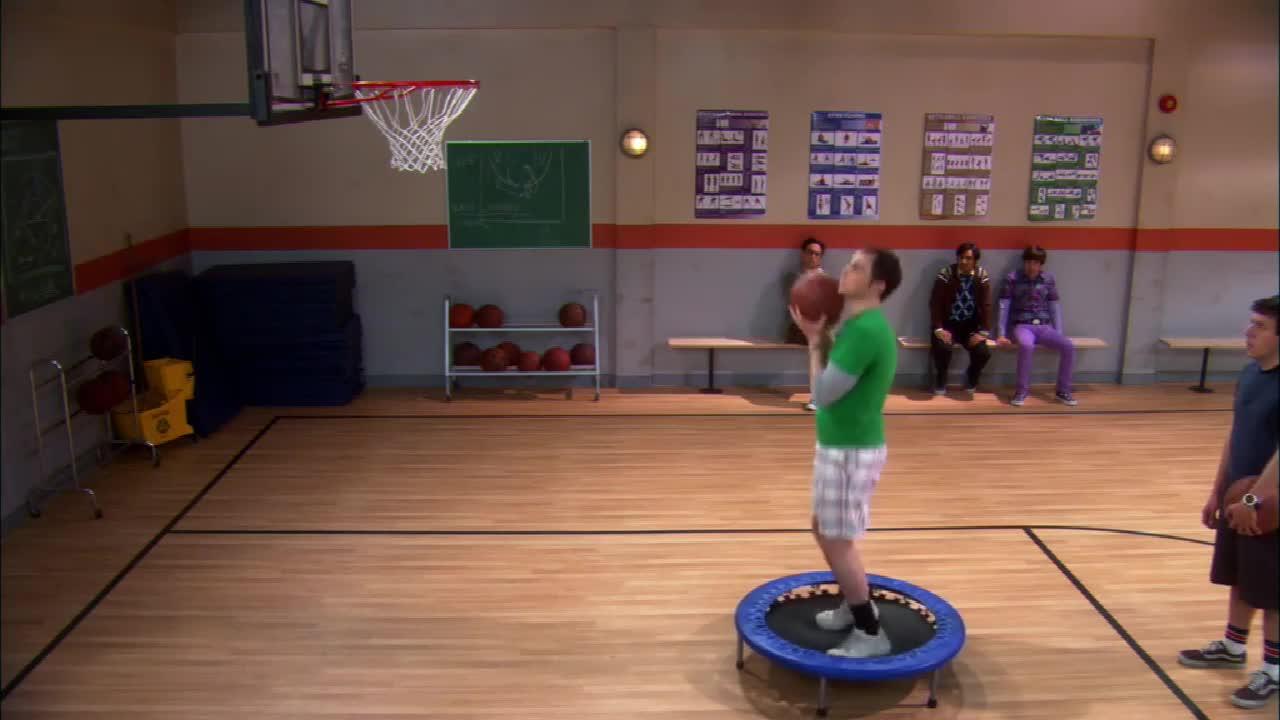 两个体育白痴要用篮球决出胜负,看来只能用这最后的绝招了
