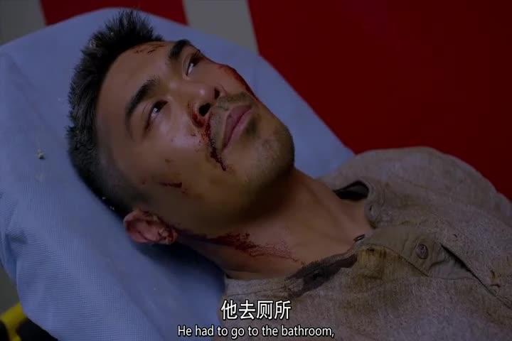 男子被炸伤后醒来,想找自己的父亲,护士:很抱歉他没挺过来!