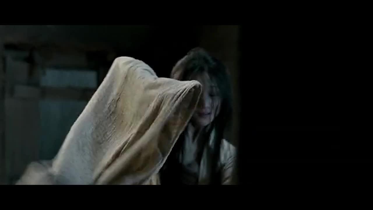 舞姬给王跳舞,跳完了以后发现了受伤的将军,她想要报仇。