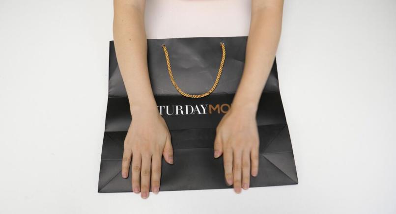 #礼品袋的妙用#礼品袋不要扔,这样折一折,解决了家家户户的大难题,省钱又实用