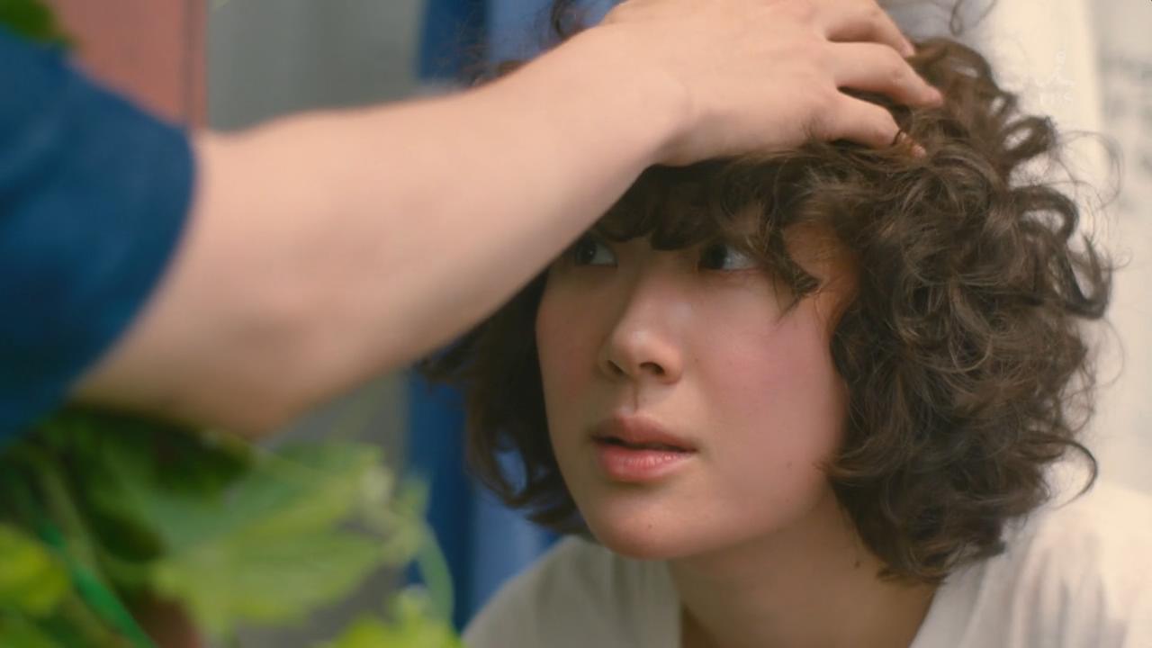 #电影最前线#9.4高分日剧《凪的新生活》第2集,甜甜的摸头杀!
