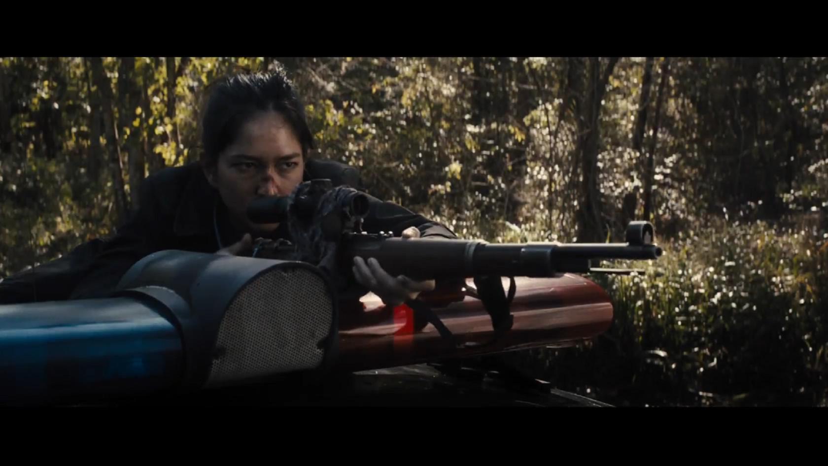 #经典看电影#小洋妞用毛瑟98K狙击步枪,干掉装备精良的黑帮,最新动作大片