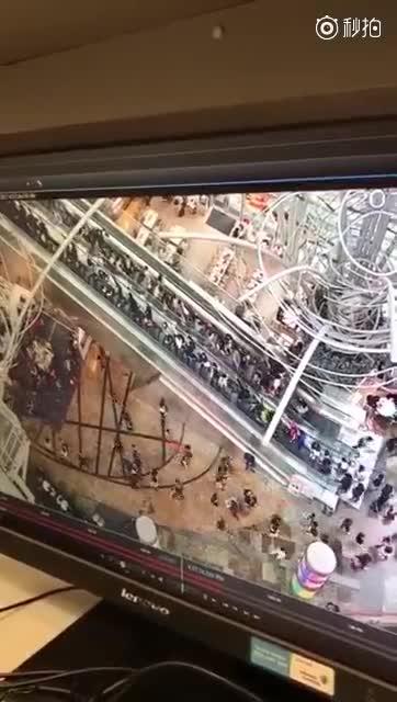 香港商城通天梯故障 18人受伤