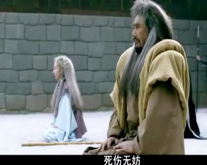 小日本看了这部电影要疯,几十个拿武士刀的人被两个人玩捏