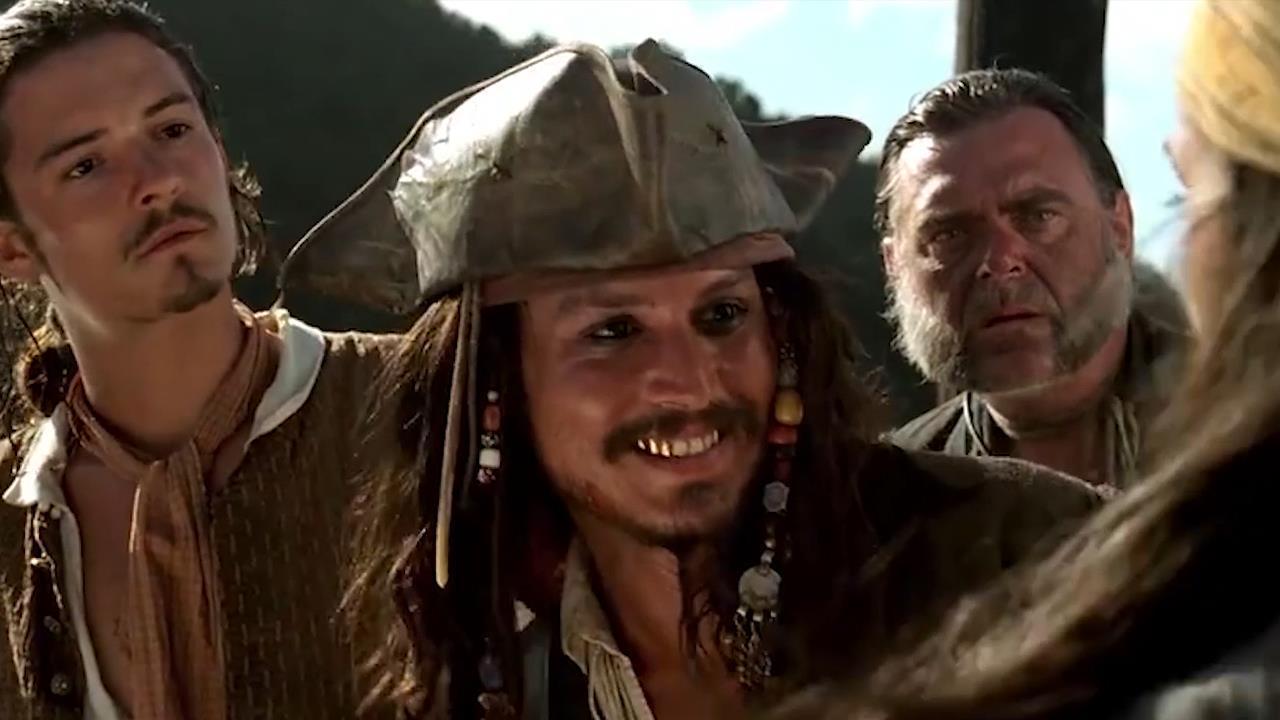 《加勒比海盗》冷知识:杰克船长为演活海盗,专门定制4颗大金牙