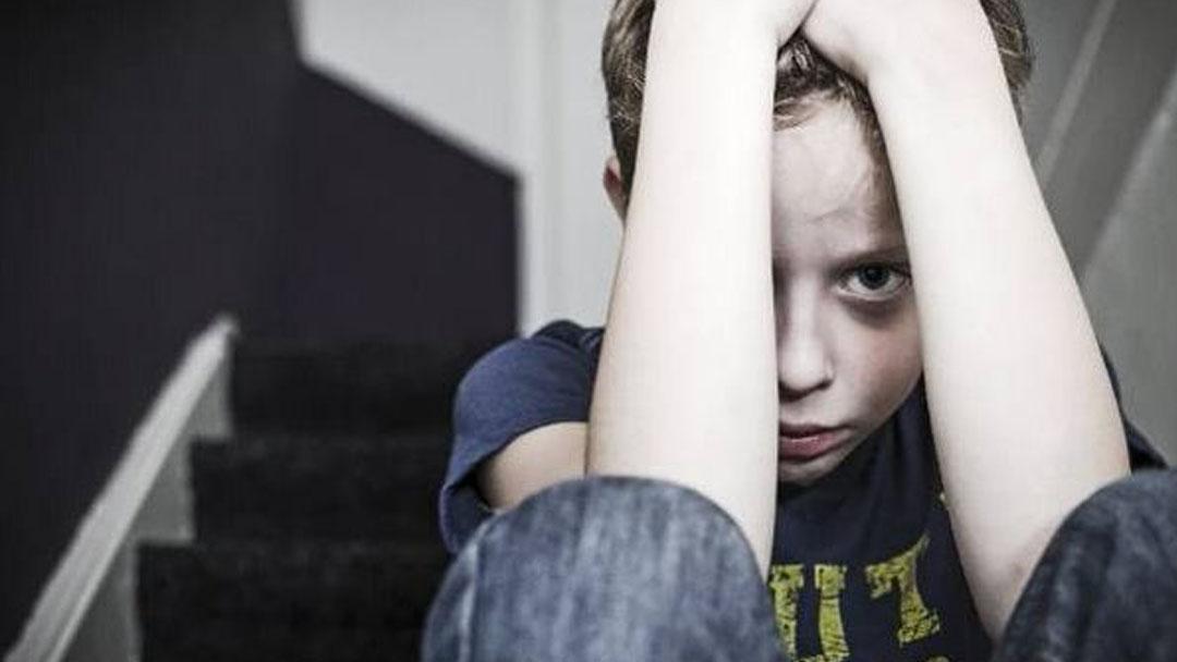 #羞羞看电影#霸凌、侮辱、喂食、打骂,很难想象十几岁的孩子能做出这样的事