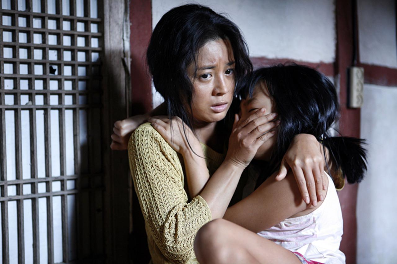 #惊悚看电影#女儿被自己的丈夫欺负,找丈夫理论还要被打一顿