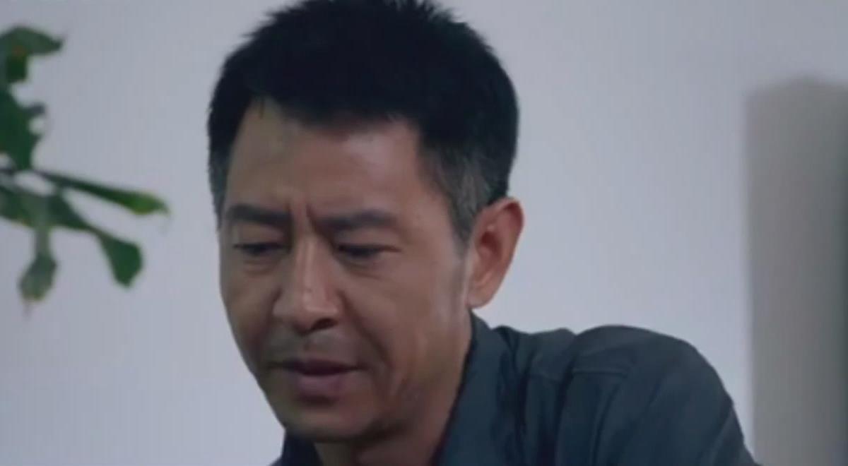 #这个视频666#郭晓峰《弥天之谎》:杜闻抓匪徒心切,结果又出错,被领导批评