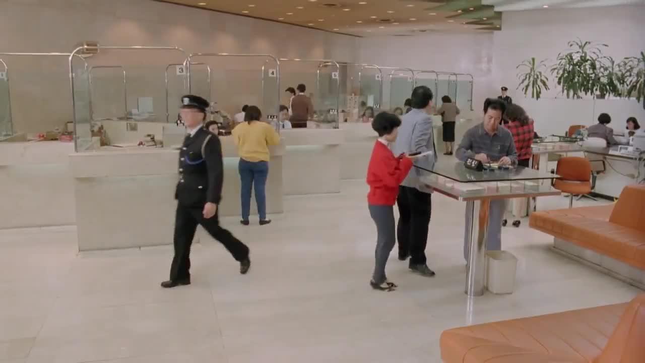 《新精武门1991》周星驰去银行要处女贞操