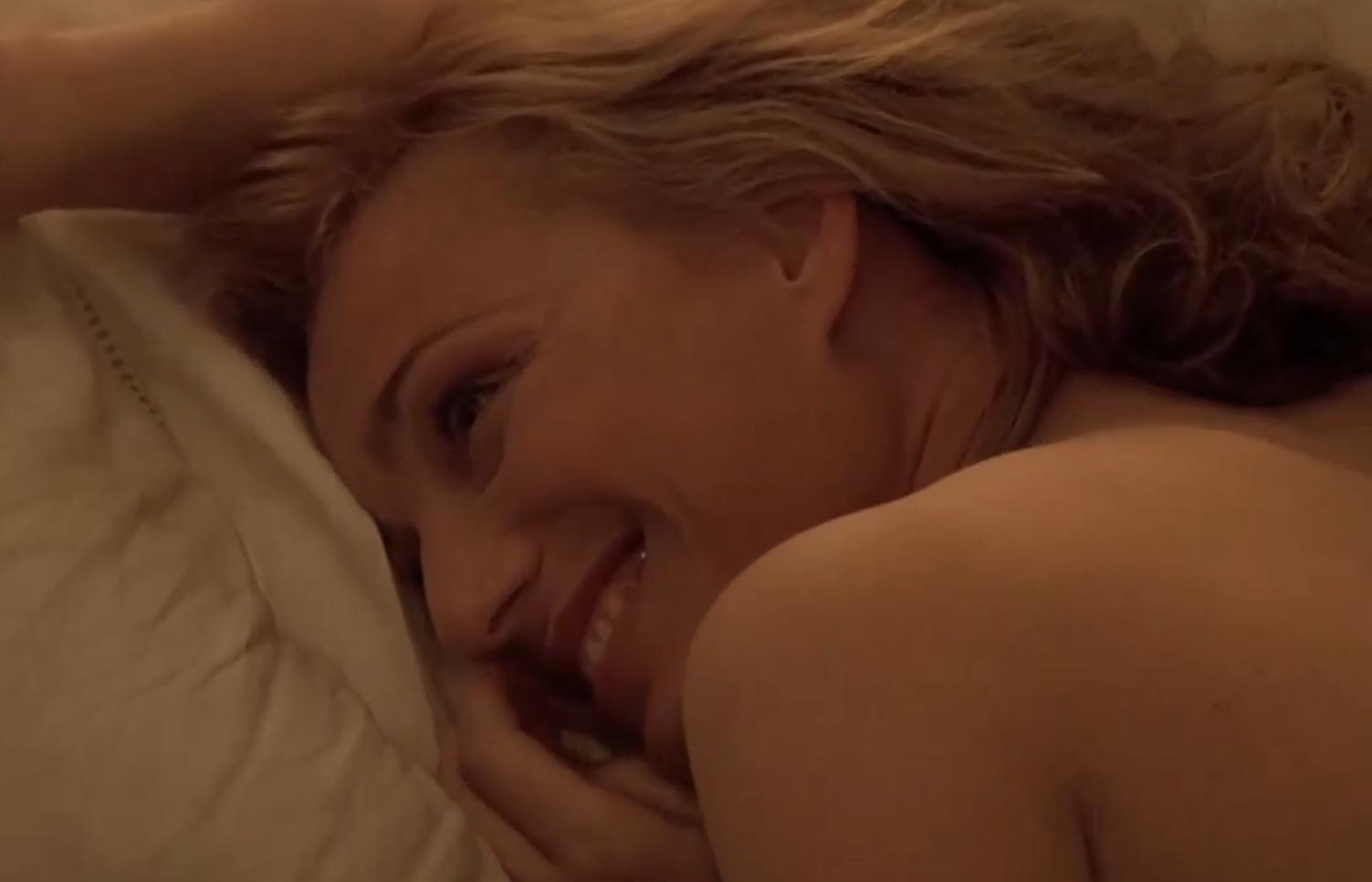 #经典电影#一部堪称经典的人性片,将凄美的爱情,展现的淋漓尽致!
