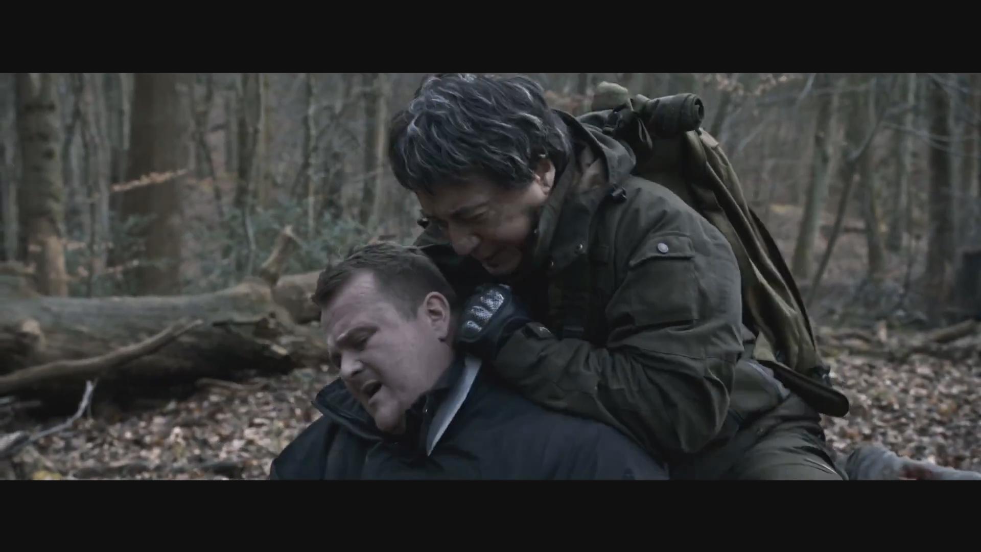 成龙受伤让人揪心《英伦对决》首曝野外对战电影片段