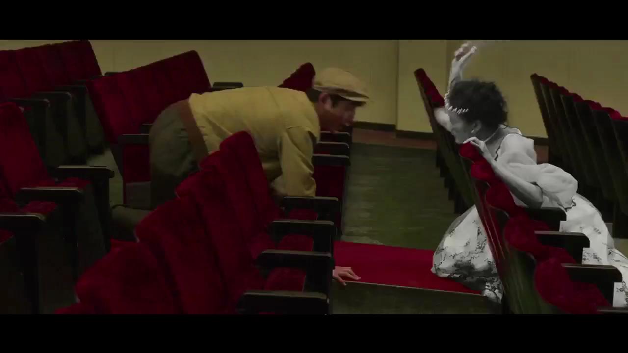 #影视#情人节和Ta一起看这部纯爱电影吧《今夜在浪漫剧场》(2)
