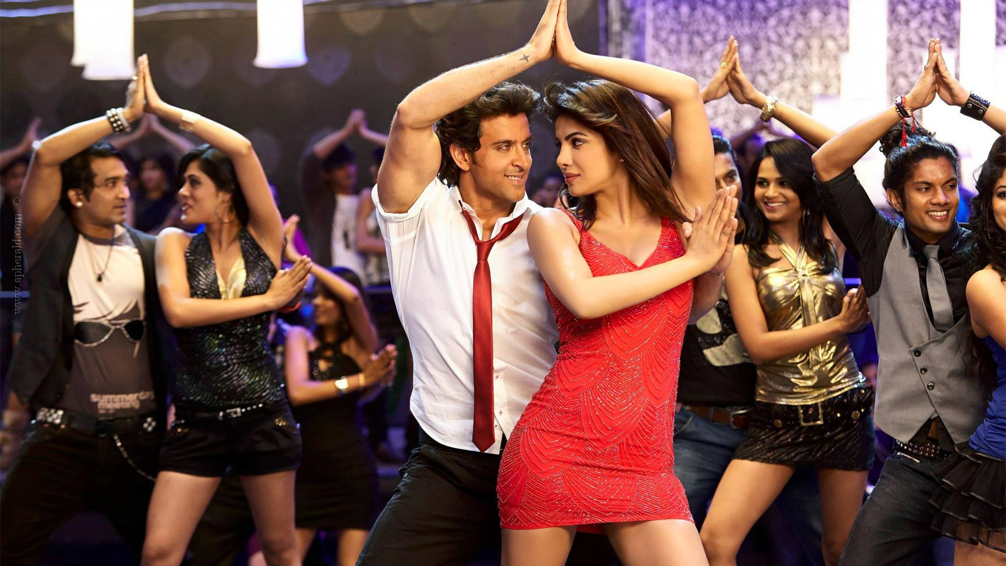 #电影最前线#一部让人大饱眼福的动作大片,让人大开眼界,印度超人全程尬舞!