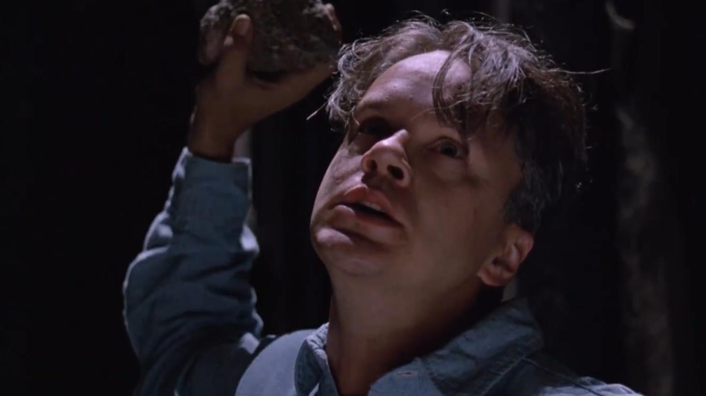 《肖申克的救赎》不合理镜头:监狱19年不换地,闪电掩盖凿墙声