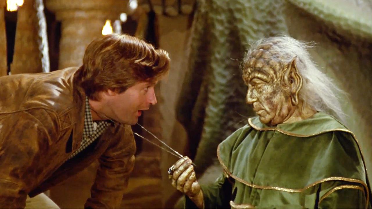男子向神秘外星人学习神功,一开始以为没用,最后才发现非常强大