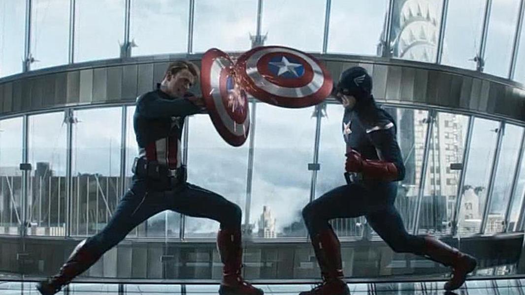 #电影最前线#《复仇者联盟4:终局之战》两个美国队长的精彩对决,天雷勾地火