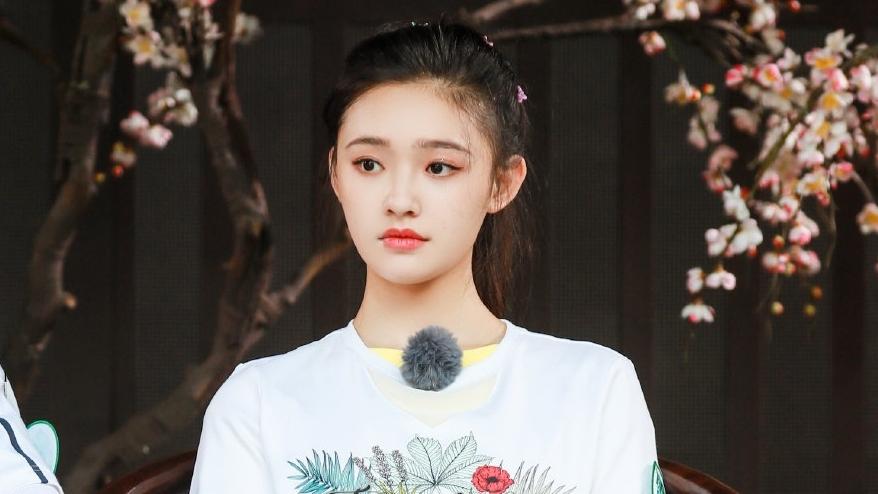 #娱乐最前线#《青春环游记》林允放飞自我,频频怼王凯,是因为情商不高?
