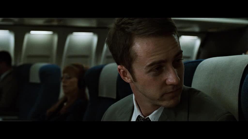 小伙坐飞机去出差,脑子里居然有这种想法,真是个疯子