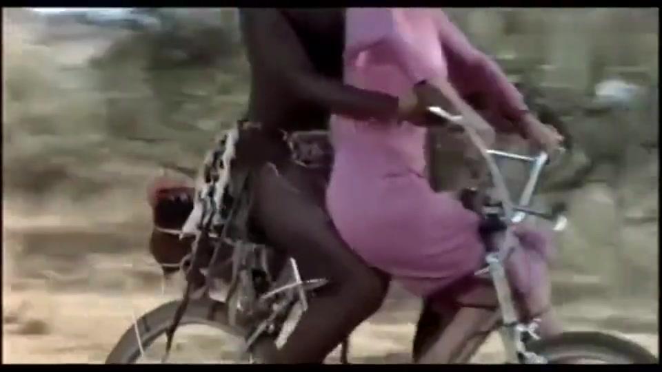 坐个自行车把我笑掉半条命