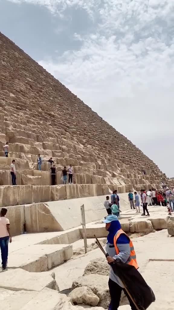 我知道金字塔很大但是没想到这么震撼!