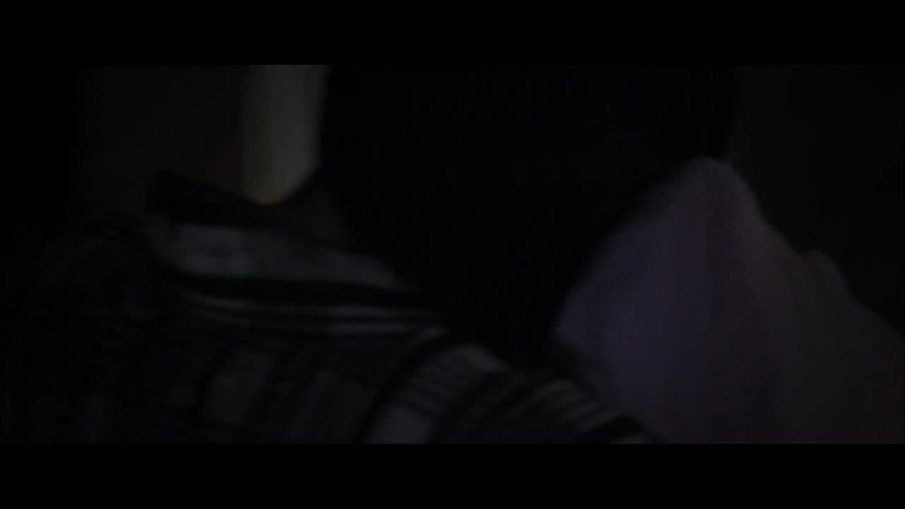 半夜睡觉看到柳岩被绑起来,够吓人的
