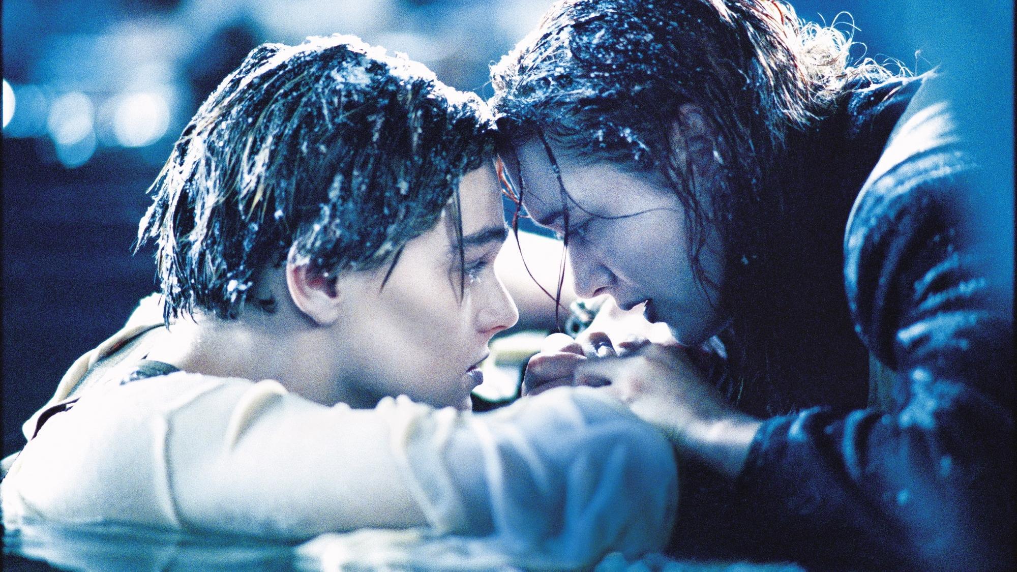 #影评 泰坦尼克号 #深度解读《泰坦尼克号》,一部无法超越的经典之作,可歌可泣!