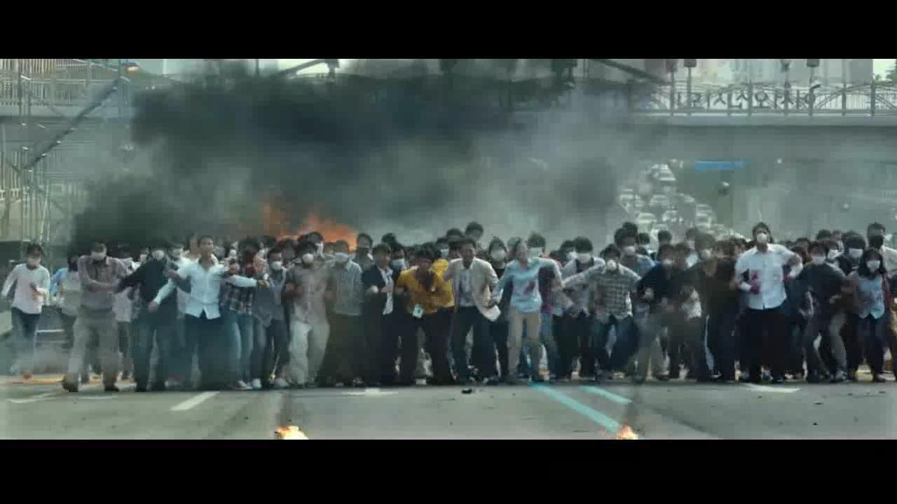 #韩国电影#一部灾难片,新型流感病毒来袭,全城陷入恐慌
