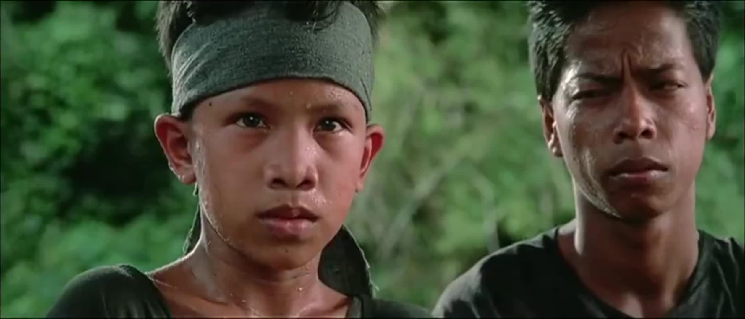 #电影迷的修养#小小年龄这么狠,还真敢开枪啊!