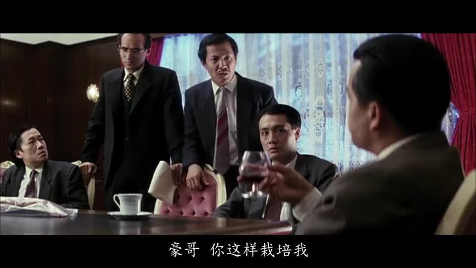 #经典看电影#一部经典的黑道电影,大哥还是个有趣的人,这场面看一次笑一次