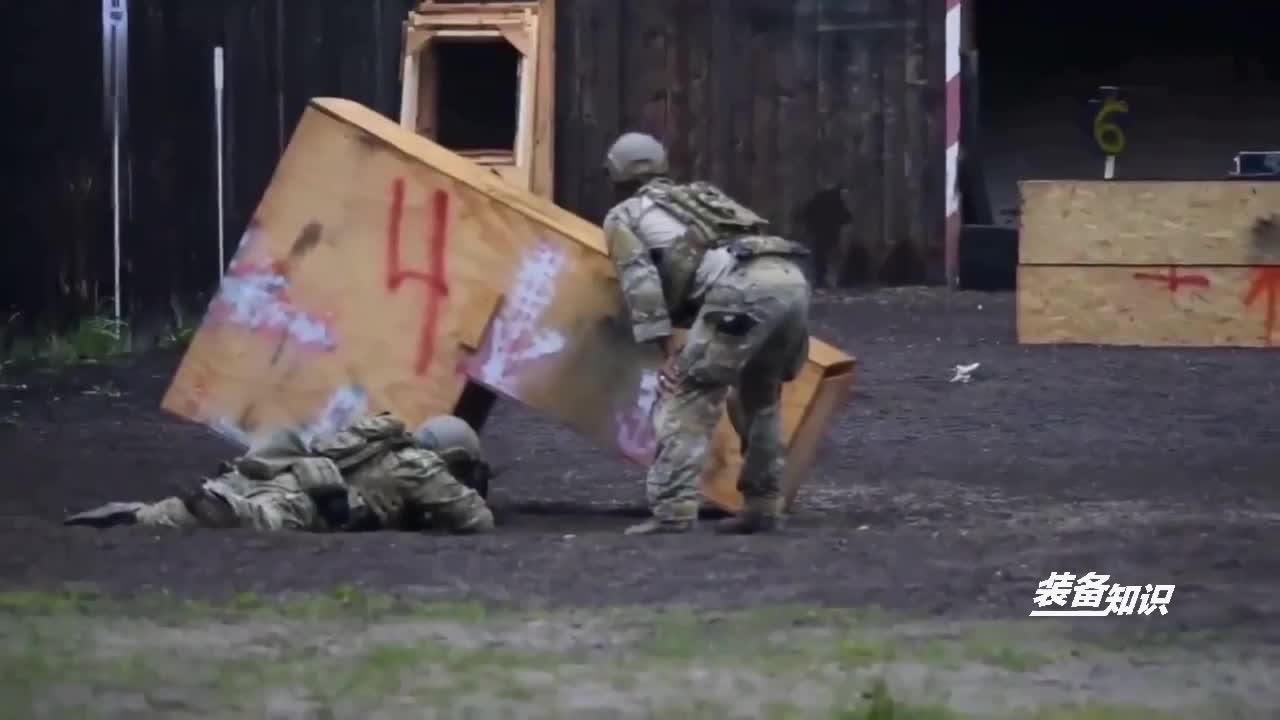 美军特种部队大战俄罗斯雇佣兵,结果俄罗斯雇佣兵损失惨重