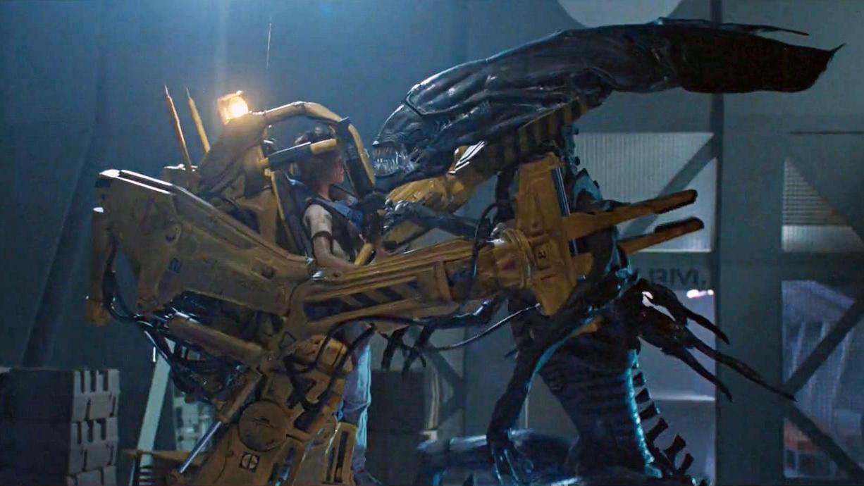 #经典看电影#詹姆斯·卡梅隆执导!为查真相人类陆战队重返异形星球《异形2》
