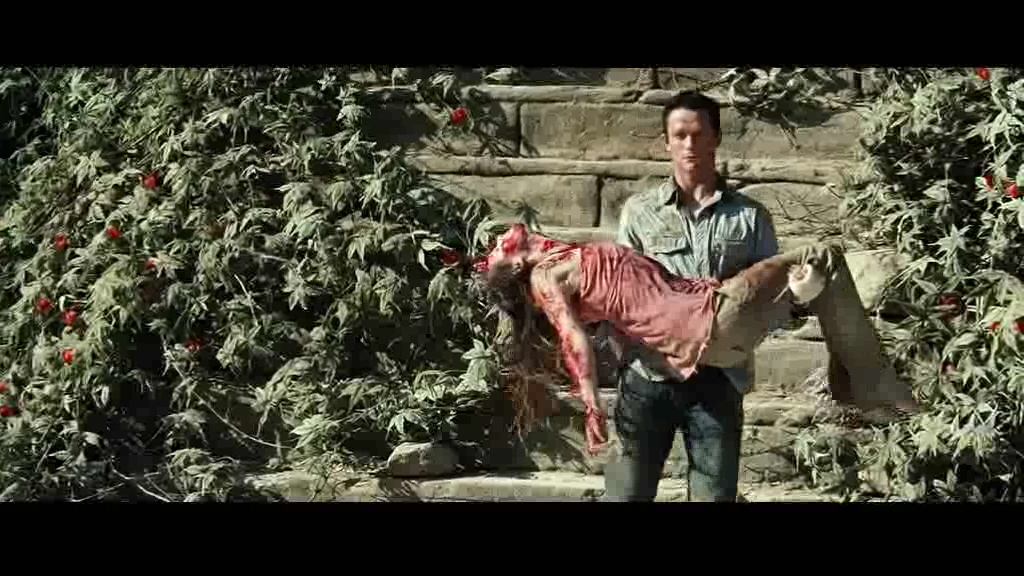 #惊悚看电影#只要沾过这种植物的人,无论是谁,都会被当地人被马上杀掉