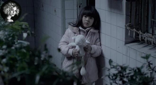 #经典看电影#女儿遭强暴母亲却不管不顾,这片儿压抑到窒息