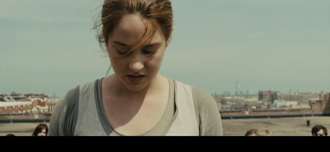 女孩无所畏惧,直接从高楼往下跳,等待她的会是什么?
