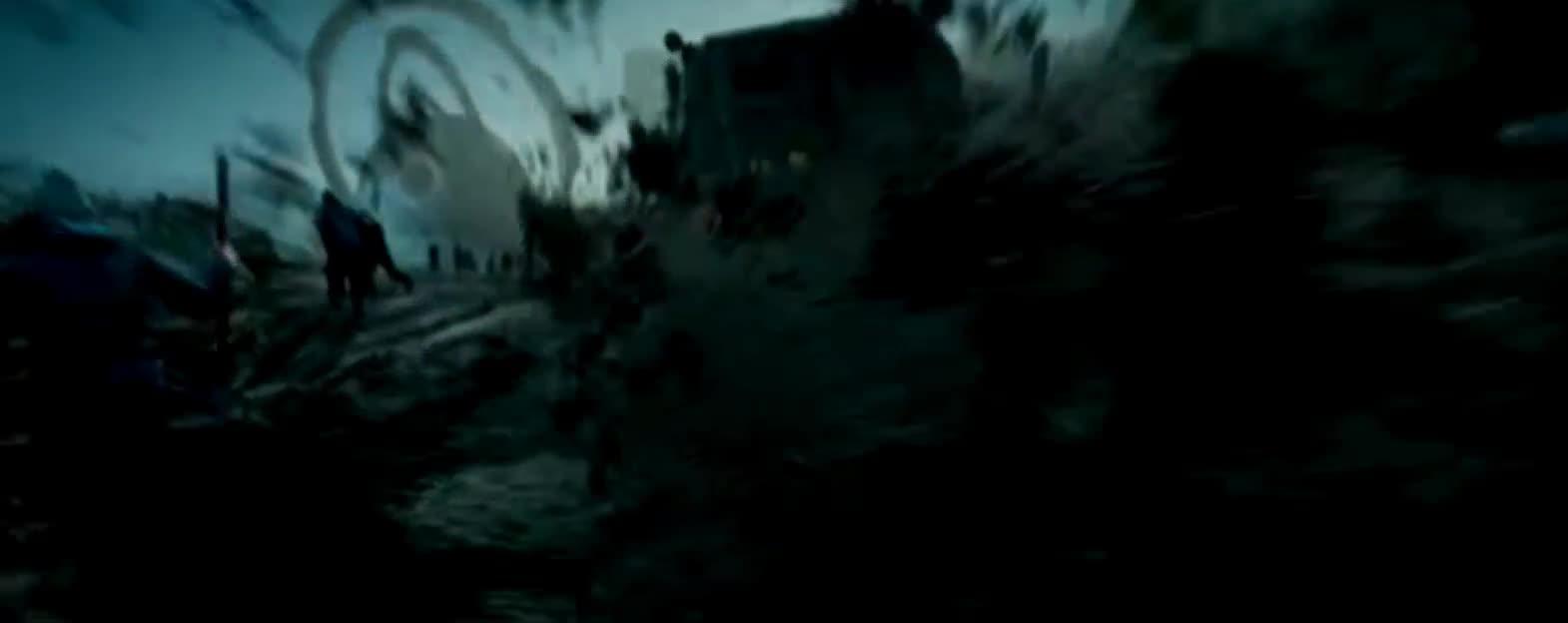 #经典看电影#深海泰坦深夜出没可是被渔民用渔网捕捞了