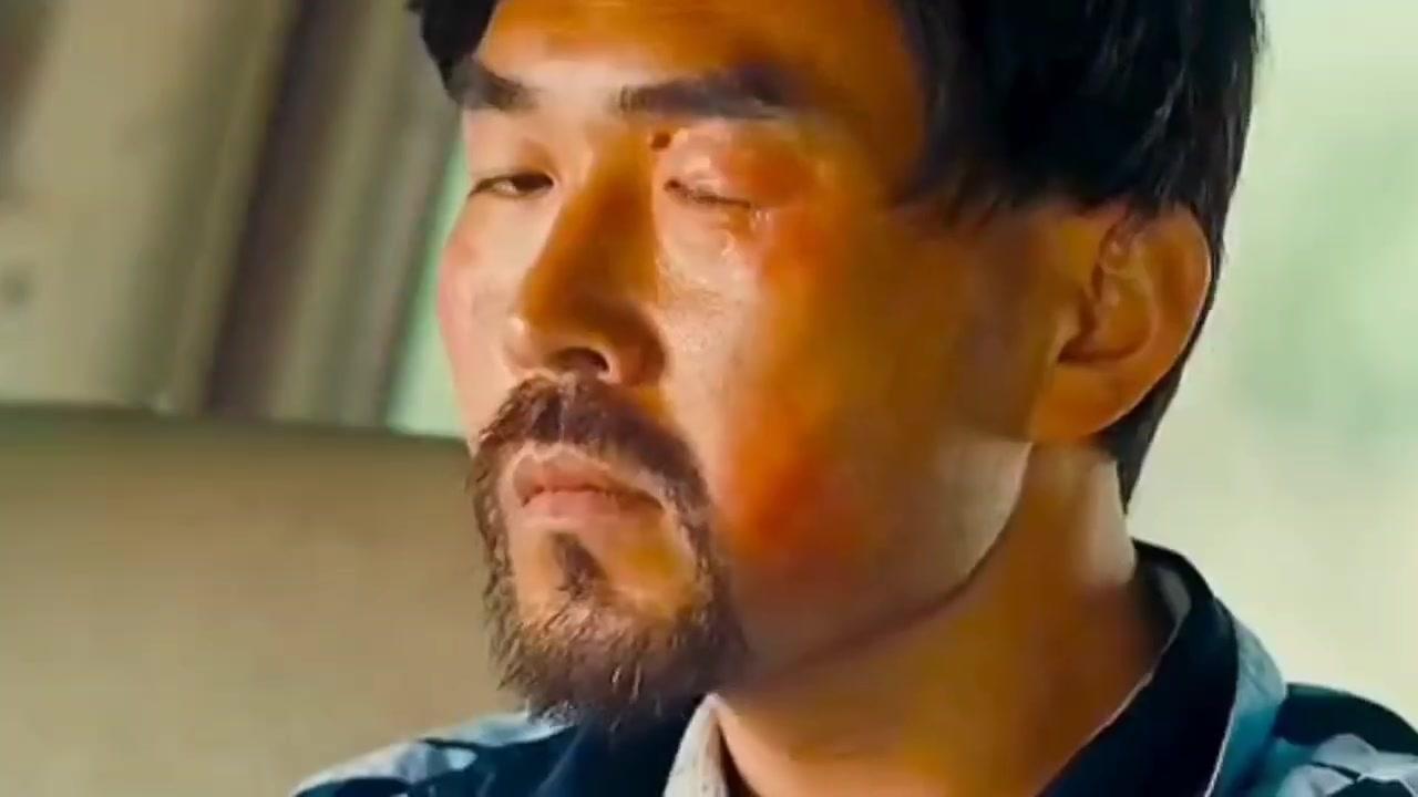 #电影迷的修养#五菱宏光都开出跑车的感觉,只是辛苦后面坐的人了