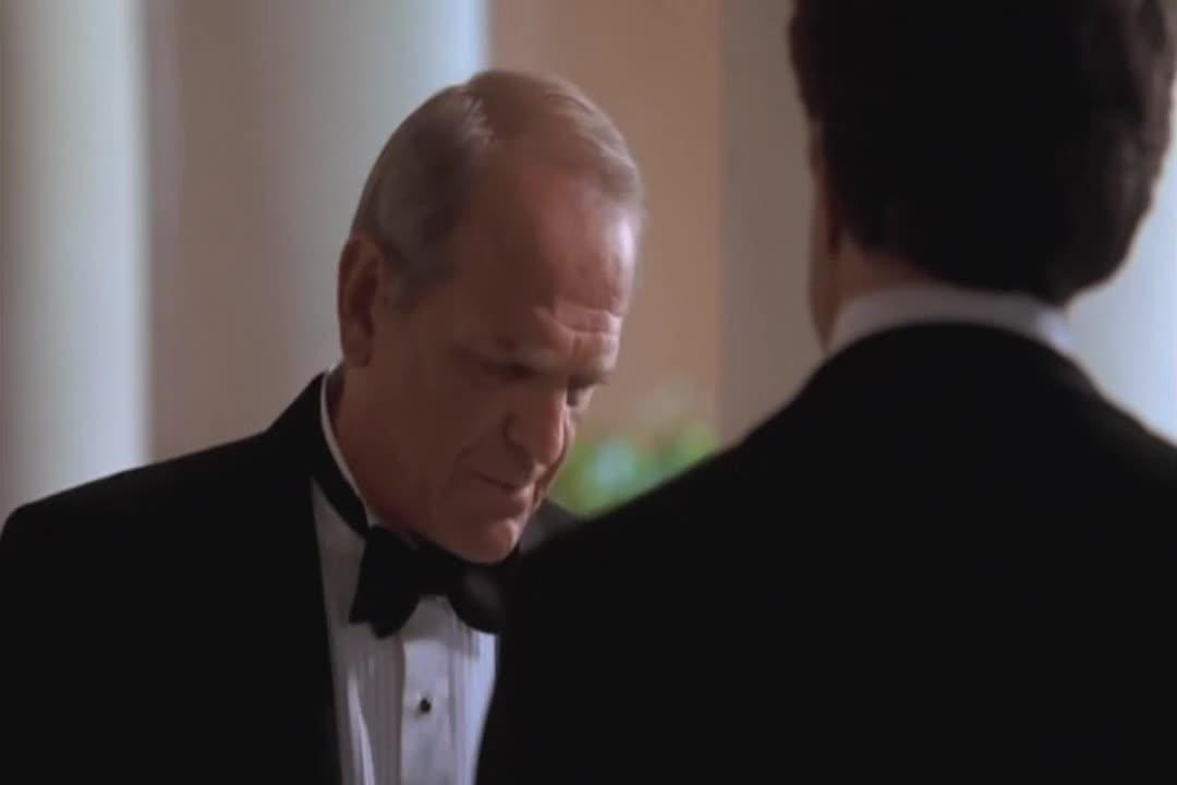巴特勒偷偷用假名去询问如何才能更好地烤制火鸡
