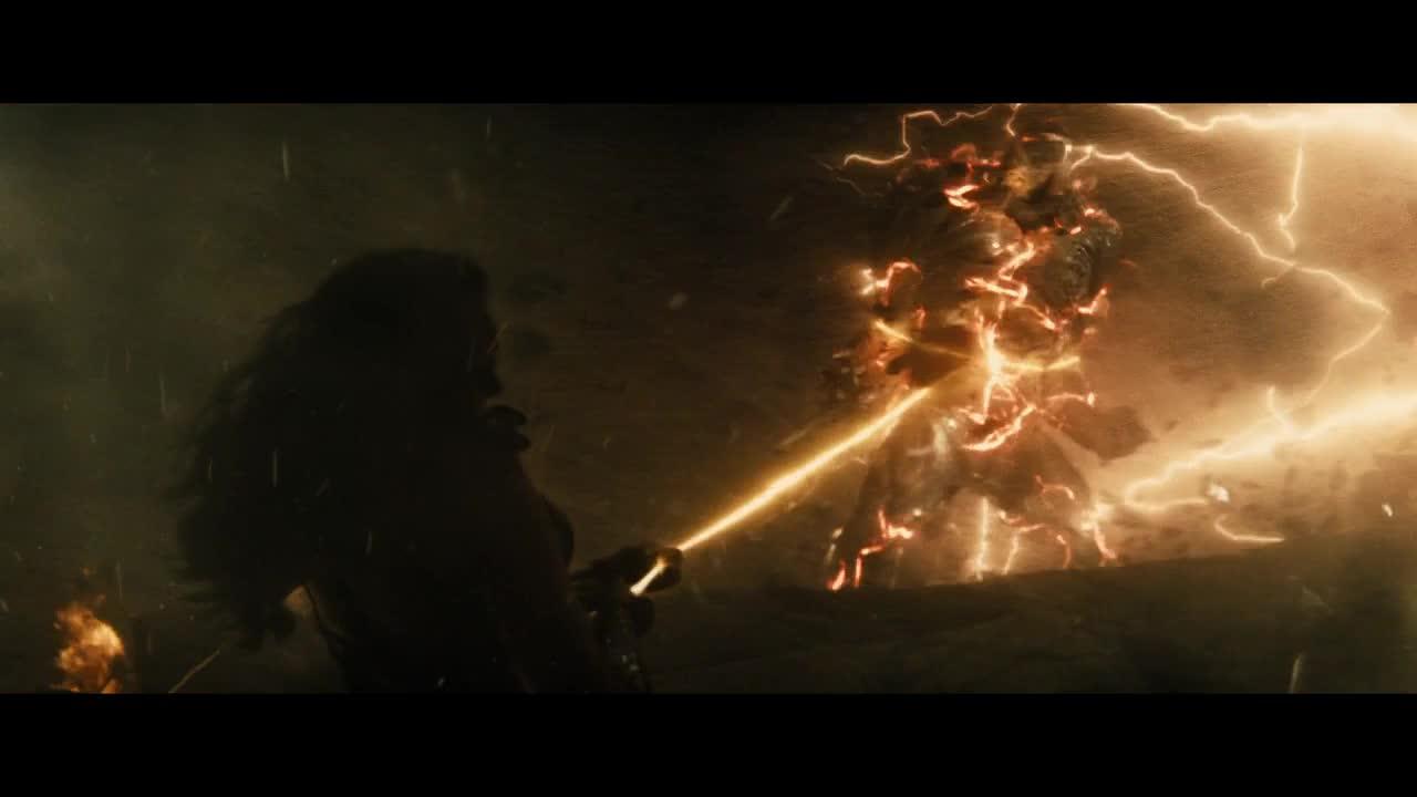 《蝙蝠侠大战超人:正义黎明》超人和怪物同归于尽