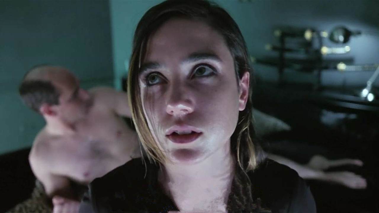 #电影最前线#这种药让漂亮小姐姐堕落,不断刷新下限,直到沦为性奴!