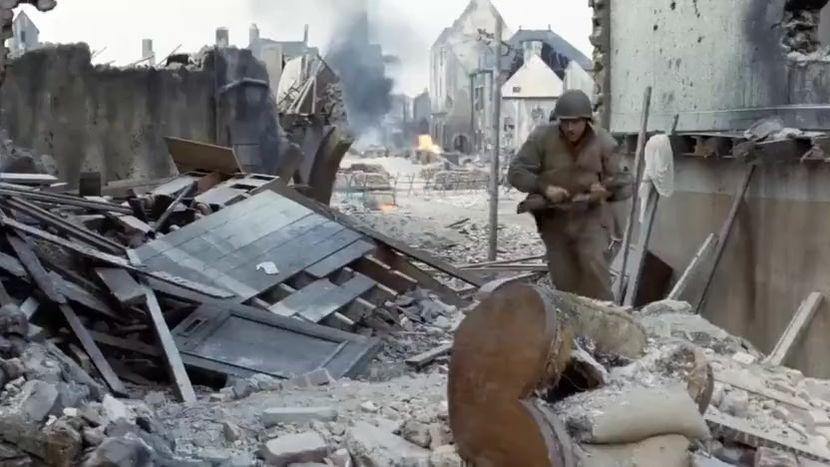 #影视烩#两个人的子弹都卡壳,战场上有的时候就这么巧