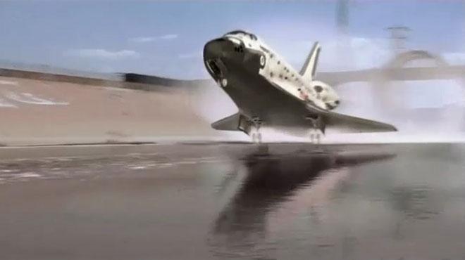航天飞机紧急迫降,惊险刺激