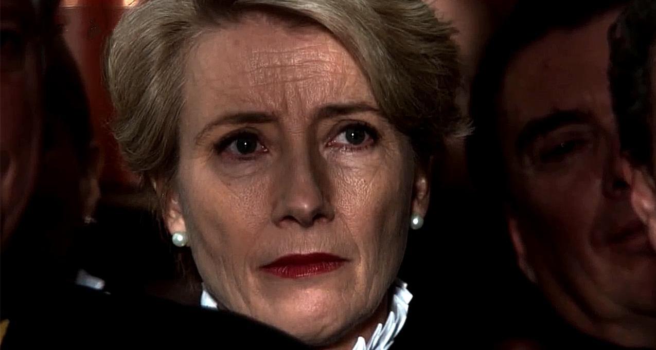 #电影最前线#影后艾玛·汤普森《儿童法案》预告,公正严明的她接下棘手官司