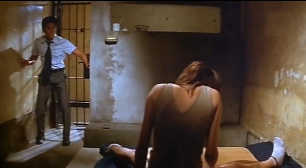 #羞羞看电影#郭富城帮日本女星藤原纪香揉腿,让人看的目不暇接,脸红心跳