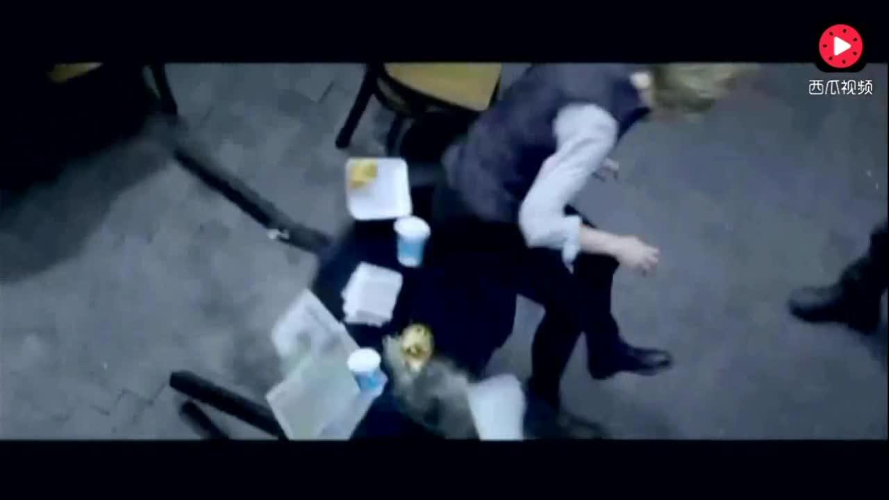 #追剧不能停#美国科幻片《美国队长3》看着折现场打斗就是刺激过瘾