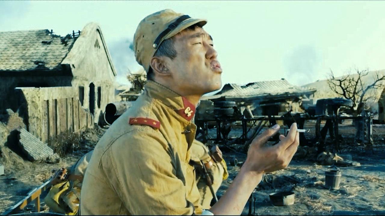 #经典看电影#朝籍兵诅咒日籍鬼子挨枪子,话音刚落真应验了,全都讨了顿毒打!