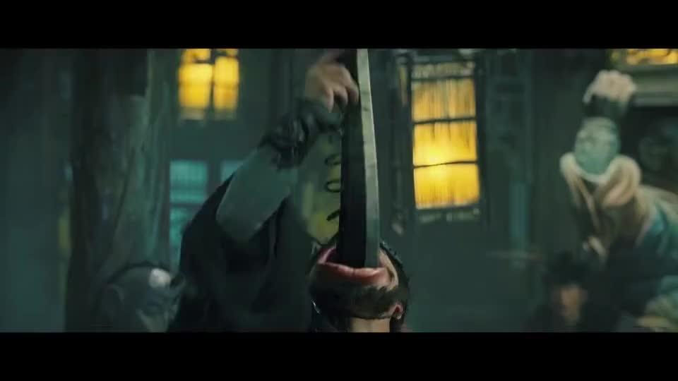 #经典看电影#见过吞剑的,见过吞狼牙棒的吗