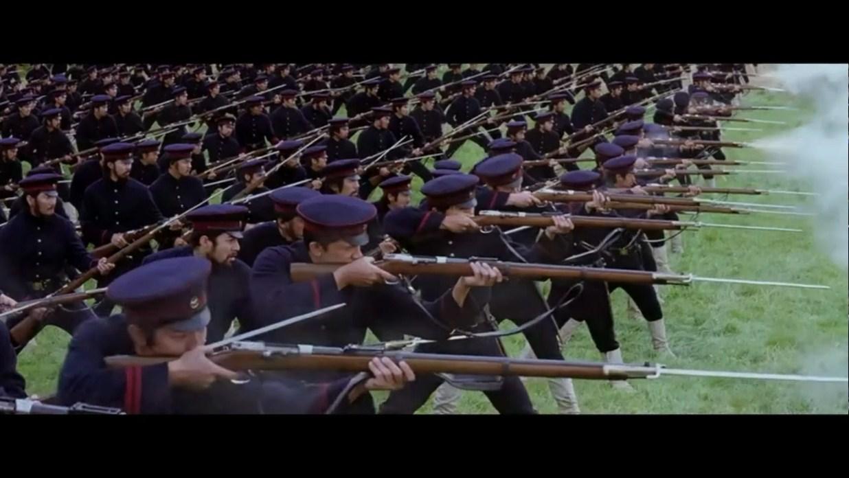 明明靠步枪可以远距离射杀,偏要上刺刀去肉搏,结果反遭大屠杀