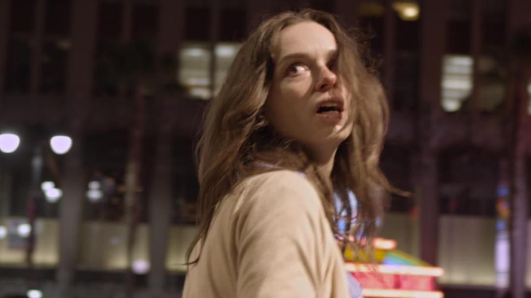 小涛电影解说:几分钟看完美国恐怖电影《闪亮的眼睛》