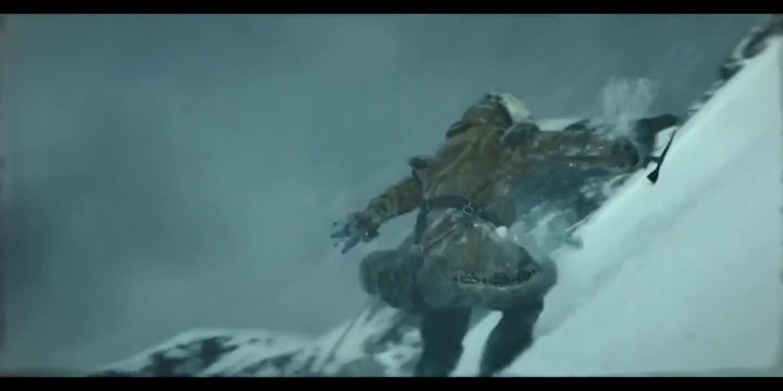 #经典看电影#整支雪橇犬队即将掉落悬崖之际,领头犬起了关键作用