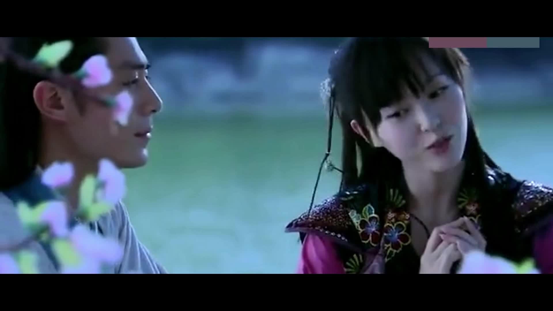 #追剧不能停#《仙剑奇侠传》白豆腐和紫萱姑娘,为爱殉情,一起跳下悬崖